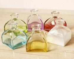 Aromatherapyのガラス製品のホーム装飾100/150/200mlのガラス魅力的なつぼのクラフト
