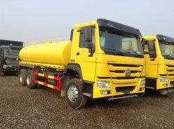 Camion durevole dell'acqua dello spruzzatore della strada di prezzi di Sinotruk 20cbm HOWO 6X4 da vendere