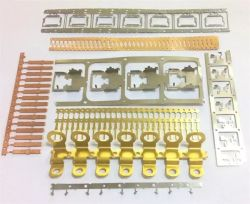China-kundenspezifisches Rotator-Stator-Automobilbefestigungsteil-Terminalverbinder-elektronisches Teil-Blech-Kombinations-Mittel-Übergangsprogressives stempelndes Teil
