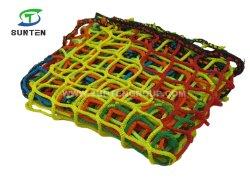 De Duurzame Polyester met hoge weerstand van de Kleur van de Regenboog van het Netwerk van 5cm/Nylon Zonder knopen Lading die Netwerk, het Netwerk van de Container, het Netwerk van de Arrestatie van de Daling, het Opleveren van het Netwerk van de Veiligheidspal beklimmen