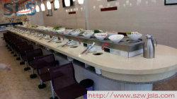 회전 테이블이 있는 셀프 서비스 레스토랑