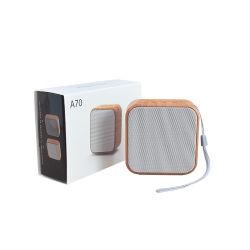 Prix de Chine en gros A70 bois Haut-parleur Bluetooth téléphone mobile portable le président de la carte Mini haut-parleur sans fil