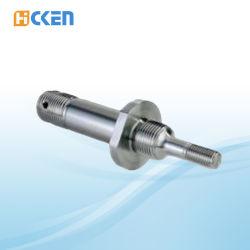На заводе высокоточный механизм металлические части длинный вал