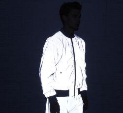 남자의 중국 공장의 360의 사려깊은 순환 재킷 & 사려깊은 바지