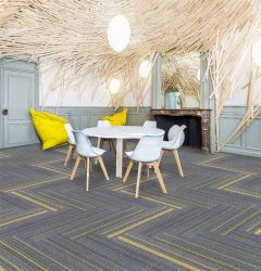 China-Teppich-Fabrik-Flur-Büro-büscheliger Teppich-Polypropylen Belüftung-Hotel-Teppich-entfernbare Handelsfußboden-Teppich-Fliese