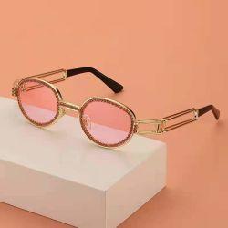 2021 معدن فاخر من المعدن المستدير خمر مع نظارات شمسية من الماس أزياء Eyewear UV400 للنساء