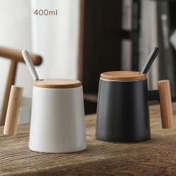 Taza de agua de mango de madera de taza de café de cerámica con tapa cuchara