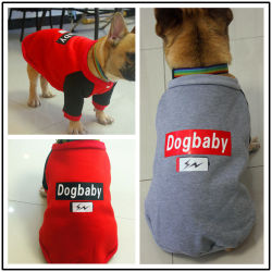 Les fabricants de produits en PET PET directe de l'habillement, le Bulldog, automne et hiver, Nouveau Style deux jambes des vêtements, le chien et le chandail de velours.