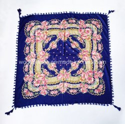 Hot Twwill Yiwu fabricante 100 * 100cm soft étnica eslavo lenços Babushka Cachecol quadrado em viscose Floral russo