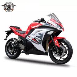 nuovo motociclo elettrico di alto potere 10000W che carica il motorino elettrico della motocicletta