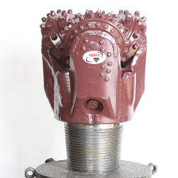 أداة ثقب بماكينة البترول TCI Bit Tricone 105/8 617 بكرة حفر الزيت