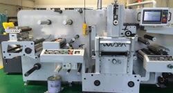 평상형 트레일러와 회전하는 시트를 깔기 위하여 롤을 에서 주조하 레테르를 붙인다 Die-Cutting 기계를 정지하십시오