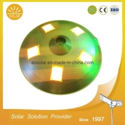 Nouveau design 20W 30W 40W ufo tous dans un jardin solaire pour l'éclairage des feux de jardin