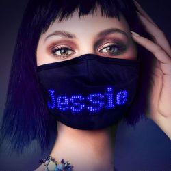 2021 Regalo de navidad de parte de desplazamiento de la música del carnaval de la Junta de visualización de mensajes Bluetooth luminosa LED programable APP Face Maskes