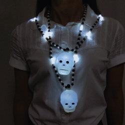 Blinkende Lichter leuchten Skeleton Schädel-Halsketten