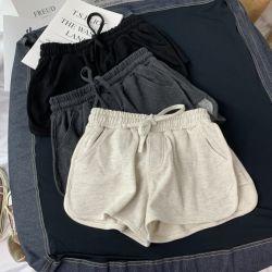 余暇はズボンを2020人の夏の新しく緩いホットパンツのヨガの不足分の女子学生遊ばす