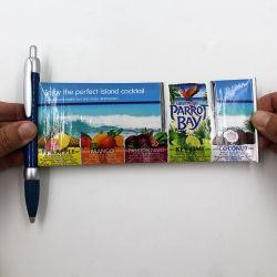 Plastikballpoint-Feder bekanntmachend, Fahnen-Feder für förderndes Geschenk ausziehen