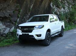 Le carburant diesel hors route étendue 2 roues motrices ramasser voiture avec moteur Isuzu