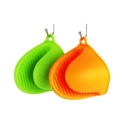 Precios baratos guantes resistentes al calor de silicona Manopla