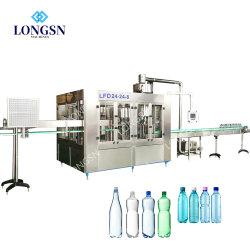 La Chine 500ml automatique complet Mini 3 en 1 petite bouteille d'eau minérale Machine de remplissage