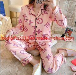 Neuer Entwurfs-Herbststellt Silk Sleepwear-Pyjama chinesische Satin-Pyjama-Frauenreizvollen Sleepwear mit langer Hülse ein