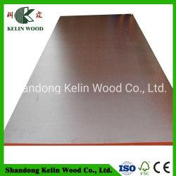 Materiales de construcción resistente al agua Polar/madera/pino/Combie Core película de la madera de contrachapado marino enfrentado