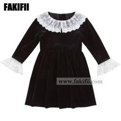 新しいデザイン冬か秋は赤ん坊のクリスマスの衣服の子供の衣服の女の子のレースの黒のビロードの服をカスタマイズした