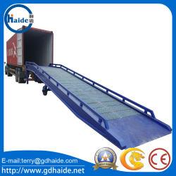Recipiente de aço galvanizado estaleiro móvel portátil na plataforma de rampas de carregamento
