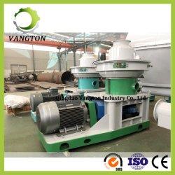 linea di produzione di legno della macchina della pallina 6ton/H in funzione