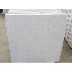 Bonita de alta qualidade polidos descole ladrilhos de granito branco