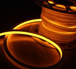 50 미터 또는 전원을%s 가진 제비 LED 네온 코드 관, 110/220V 입력 LED 표시 널 관, 유연한 관 황색 색깔 및 클립