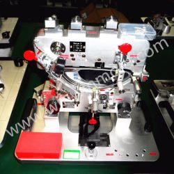 차 램프 플라스틱 형 및 정착물을 검사하는 차 램프