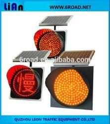 Panneau solaire de clignotement des feux de circulation les lampes LED jaune