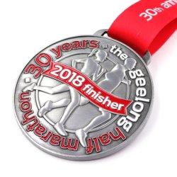 Das Entwurfs-kundenspezifische Marathon freigeben, das des Sport-Spiel-2D/3D mit Abzuglinie laufend Goldmetallmedaille läuft