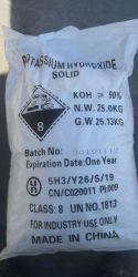 Preço baixo de Flocos brancos 1310-58-3 solução de hidróxido de potássio 95%