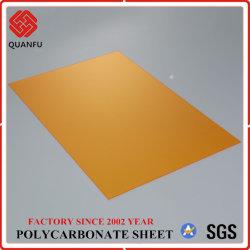 PC Couleur personnalisée et la taille de feuille Anti-Scratch en polycarbonate pour toiture
