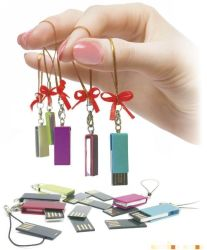 Chaîne de clés gratuit Mini Lecteur Flash USB en métal 4 Go