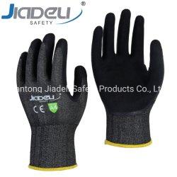 Отрежьте 18 устойчивые C рабочие перчатки с песчаными латекс (ЛДС6575)