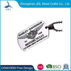 Haute qualité en alliage de zinc métal personnalisée logo 3D de gaufrage plaqué argent pendentif Dog Tag pour la décoration