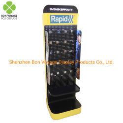 Venta al por menor POS personalizada accesorios móviles batería colgando de la pantalla de metal con ganchos de rack