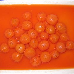 امتزج طماطم الكرز الكاملة المقشّرة في عصير الطماطم 800 غ