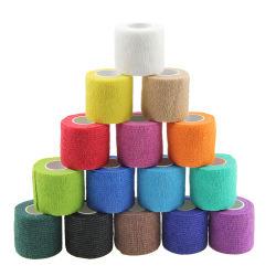 バルク卸し売り医薬品の非編まれた綿PBTのガーゼの切りやすさの自己接着獣医の覆いの付着力の伸縮性がある凝集の包帯