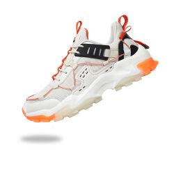 La scarpa da tennis ambulante esterna di nuovo modo di stile calza i pattini casuali 2020 di sport di funzionamento degli uomini all'ingrosso di alta qualità della fabbrica