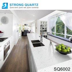 卸し売りプレハブのカラーラの白い水晶石の台所または浴室のカウンタートップ