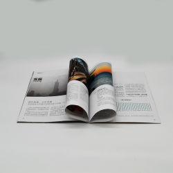 Kundenspezifisches farbenreiches Kunstdruckpapier der neuen Form-2021, das Zeitschrift bekanntmacht