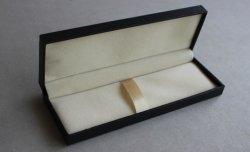 Negro de plástico personalizadas de papel especial de pluma, pluma Fift Casilla de verificación para la promoción de regalo