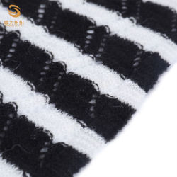 55%Acrylic 25%Nylon 11%Alpaca 9%Wool 9ggknittingの衣服の使用の空想のセーターの空気ヤーン