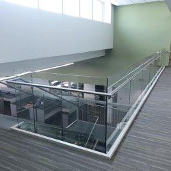 Balcón Terraza directa de fábrica de acero inoxidable sin cerco Escaleras Escalera pasamanos de aluminio de la baranda de cristal de balaustrada