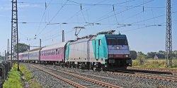 Agente de Transporte ferroviario de transporte de carga de la rampa de puerta en puerta de servicio de transporte en tren desde China a Kazajstán Kirguistán, Tayikistán