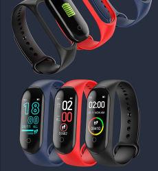 Regarder le taux de remise en forme de coeur Bluetooth Cicret bande de téléphone avec le manuel du moniteur de santé Sport Prix de l'APP Le SDK 2 OEM M4 bracelet à puce